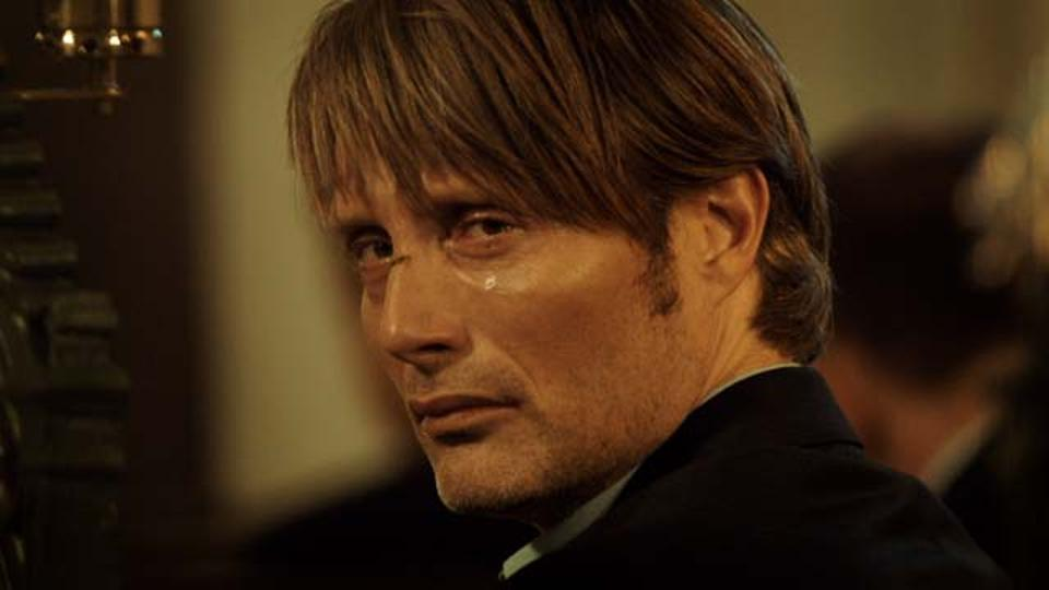 the hunt Mads mikkelsen (nbc's hannibal, a royal affair, casino royale) won the best actor award at the 2012 cannes film festival for his penetrating portrayal of lucas, a former school teacher who has been forced to start over having overcome a tough divorce and the loss of his job.